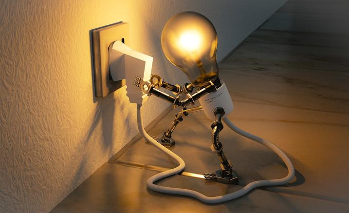 Perlukah Mencabut Kabel Barang Elektronik Dari Stop Kontak?